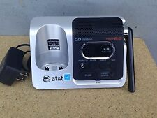 At&T Cl82350 Dect 6.0 base unit with Answering Machine Cl82450