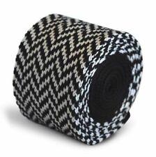 Corbatas, pajaritas y pañuelos de hombre negras de seda