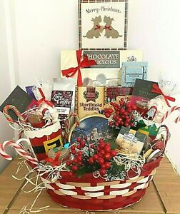 HUGE ELEGANT LUXURY CHRISTMAS HAMPER BASKET for FAMILY PARENTS EVERYONE CUPS