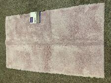 Better Homes & Gardens Pink Plush Ultra Soft Bath Rug 20x34