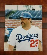 VINTAGE VETERAN KIRK GIBSON * 8 x 10 PHOTO * ON DECK * LOS ANGELES DODGERS LA