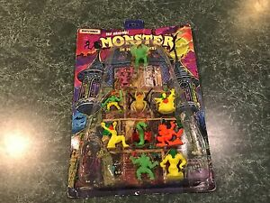 Vintage Matchbox Monster In My Pocket w/ Haunted House Display (ONLY 10 FIGURES)