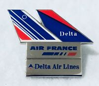 Delta Airlines / Air France Alliance Pin.  Very Good Condition!