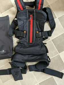 BabyBjörn Baby Child Carrier. Red black Outdoors One Mesh. VGC RRP £180.