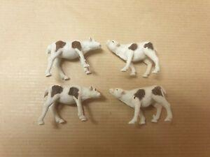 Corgi 58 Beast Carrier - Four Original Calves Plastic Animal Figures