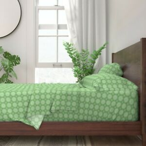Daisy Green Nature Abstract Geometric 100% Cotton Sateen Sheet Set by Roostery