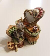 Harmony Kingdom Clair De Lune Vix, Verne, & Velvet'S Vanity Trinket Box Cats