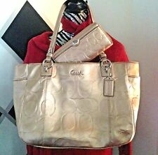 CLEARANCE 2Pc Set COACH Gold Gallery EMB EW Tote +Wallet STUNNING EUC