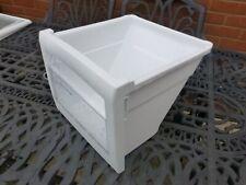 SAMSUNG SR-S2028CVW Fridge Freezer  Freezer Bottom Drawer