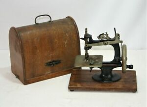 Vintage Lead Toy Hand Crank Sewing Machine - Untested - Thames Hospice