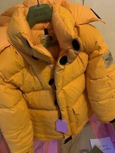 GUCCI X THE NORTH FACE YELLOW PUFFER JACKET BNWT MEDIUM 100% AUTHENTIC RARE