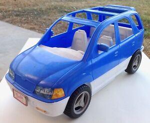 BARBIE Doll Blue SUV/Mini Van Hatchback with Pop-Up Picnic Basket Mattel ©1999
