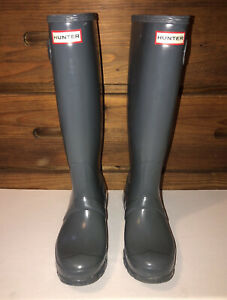 Authentic Hunter rain boots 6 women slightly used- Blue Gray Gloss