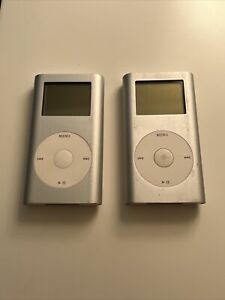 Lot of 2 - Apple iPod Mini A1051 - Silver - 4GB - For Parts