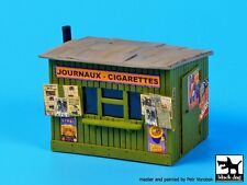 Black Dog 1/72 Tobacco / Newspaper Kiosk (Germany / France)  (w/Posters) D72015