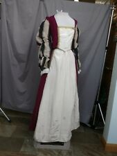 Medieval Renaissance Dress Queen Princess Noble Gown