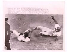 4/12/65 RICHIE ALLEN BASEBALL WIRE SERVICE PHOTO PHILA. PHILLIES VS. ASTROS
