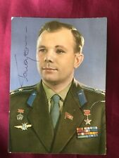 Autograph YURI GAGARIN-Astronaut RUSSIA-deceased-authentic handsigned Postcard