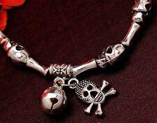 Halloween BELLISSIMO ARGENTO SKULL CROSSBONES BELL Bracciale con Charm Zombie PIRATI