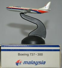 SCHABAK 1:500 MALAYSIA Boeing 737-300  diecast metal made in Germany
