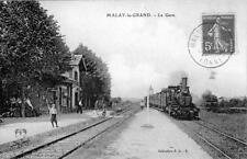 CPA 89 MALAY LE GRAND LA GARE (TRAIN EN GARE
