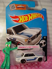 2016 i Hot Wheels BMW 2002 #186✰New White; Blue/Silver; red rim mc5✰BMW✰Case P/Q