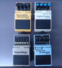 Boss 4 Effektgeräte - Delay DD-3, Chorus CE-5, Equalizer GE-7, Acoustic Sim AC-2