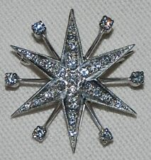18ct white gold pendant/broach 6 pointed star set with 31 diamonds H/VS - £1,950