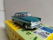 Austin A60 Cambridge ,  verde,  Vanguards VA04407 ,  escala 1/43