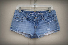 AMERICAN EAGLE Size 4/6 Destroyed Booty Exposed Pockets Splatter Denim Shorts