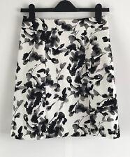 H&M WOMEN'S WHITE FLORAL SKIRT - Size UK8/US4/EUR34