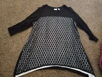 WOMENS SZ 3X CHICO'S 3/4 SLEEVED BLACK AND WHITE TOP Blouse