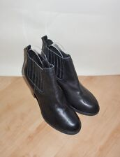 NEW Clarks womens MALM JIVE black leather ankle boots size 7