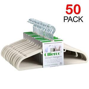 Ollieroo 50Pcs Heavy Duty Velvet Hangers Set Steel Swivel Hooks Ultra Thin Non-s
