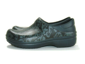 Crocs Clogs Black Floral Neria Pro II Graphic Slip-Resistant Relaxed Womens 8