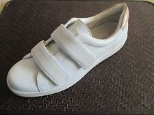 New CALVIN KLEIN Divine Women Leather White Sneakers Low Walking Shoes sz 7.5 M