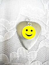 NEW PEWTER GUITAR PICK & CLASSIC YELLOW SMILEY FACE EMOJI CHARM PENDANT NECKLACE