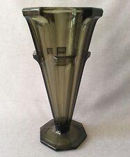 Superbe vase en verre de Bohême Tchécoslovaquie Circa 1950