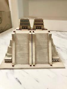 Templo Mayor - Tenochtitlan (Mexico City) - Scaled 100% Accurate Model Diorama