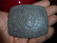 Ancienne Belle Médaille en Alliage Concours International des Vins BUDAPEST 1962