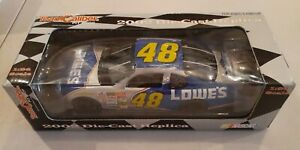 JIMMIE JOHNSON NASCAR DIECAST 2002 #48 LOWE'S CHEVROLET 1/24 SCALE TEAM CALIBER