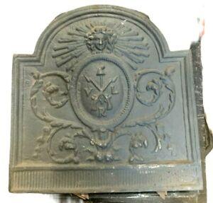 Plaque de fond de cheminée en fer de fonte  XX siècle