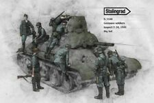 1:35 German Soldiers inspect captured Russian Tank World War 2 Resin Models