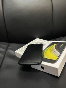 Apple iPhone SE 2nd Gen. Black 128GB Unlocked A2296 Apple Warranty - 21/02/2022