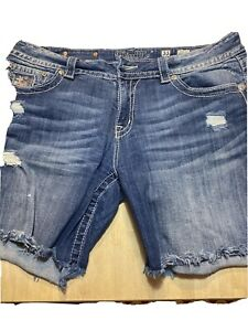 Miss Me Shorts Size 33