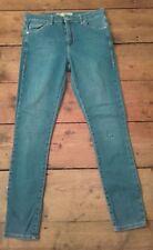 "Topshop Leigh Jeans en bleu légèrement vieilli trou dans Genou UK Taille 10 Jambe 30"""