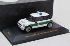 Mini Cooper (2002) policía Alemania/Ixo 1:43