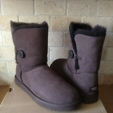 UGG Classic Short Bailey Button Chocolate Brown Suede Wool Boots Size 7 Womens