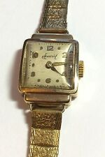 Beautiful Ladies Stylish 1950  Hallmarked London Cased  9Ct Gold Watch