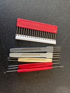 Random collection of machine knitting tools